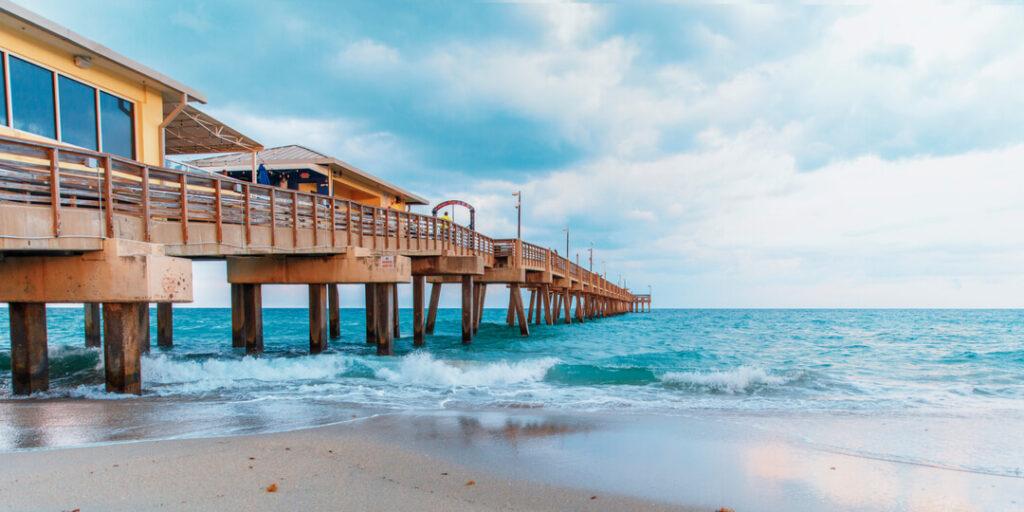 Dania Beach FL-Hollywood Metal Roof Installation & Repair Contractors